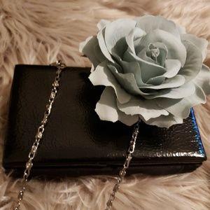 "Lulu's Dresses - NWOT Lulu""s Dress, necklace, bangle & flower"
